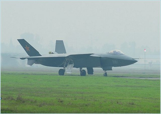 The Chinese Press Agency Xinhuanet unveils new pictures which show latest test flight of the new generation of stealth fighter aicraft J-20 in Chengdu, southwest China's Sichuan province, November 21, 2011.