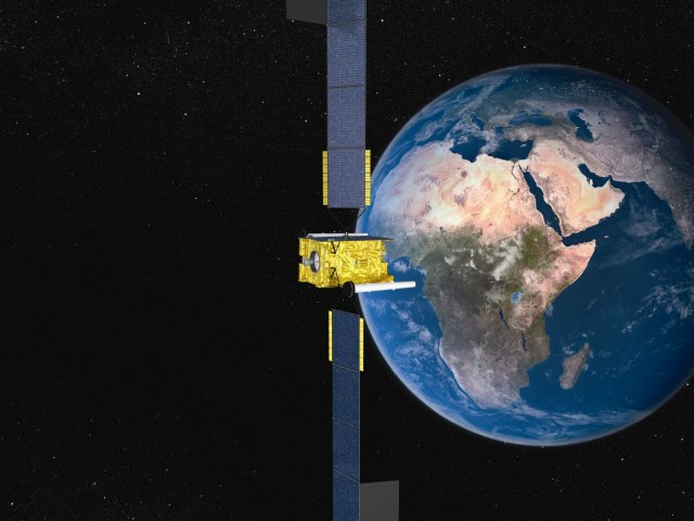 UK to deliver secure communications with satellite move, Defence Minister confirmed at LIMA 2015