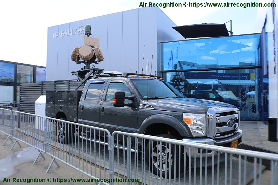 Rafael presents its Mobile Drone Dome counter unmanned air system Paris Air Show 2019 925 001
