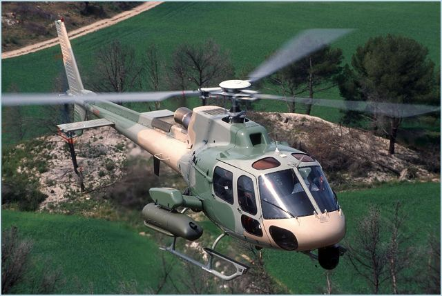 The new Fennecs will perform a wide range of missions including rescue, reconnaissance, drug enforcement and border patrol from their base at Porto Viejo. Modern, versatile and highly maneuverable, the AS550 C3 Fennec is perfectly adapted to the operational requirements in Ecuador, a country that combines high altitudes and extreme temperatures.