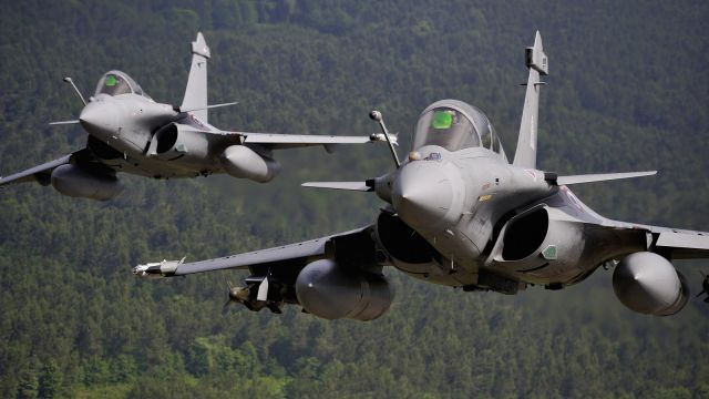"The Economic Interest Group (Groupemen d'Intérêt Economique in French) ""Rafale"", which produces the eponymous fighter aircraft, on Tuesday moved a step forward in Belgium's F-16s fighter aircraft replacement by promising significant industrial benefits to Belgium if it chose the French aircraft to succeed its aging F-16s fleet."