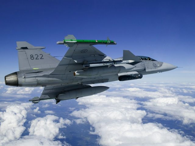 Swedish defence and security company Saab has signed a new industrial co-operation agreement with the Malaysian company Defence Technologies Sdn Bhd (Deftech), a wholly owned subsidiary of DRB-HICOM Berhad. The intent is to deepen and broaden the existing relationship between the two companies by adding the Gripen system to their joint planning.
