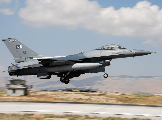 Pakistan reportedly in talks with U S to procure more F 16fighter aircraf 640 001