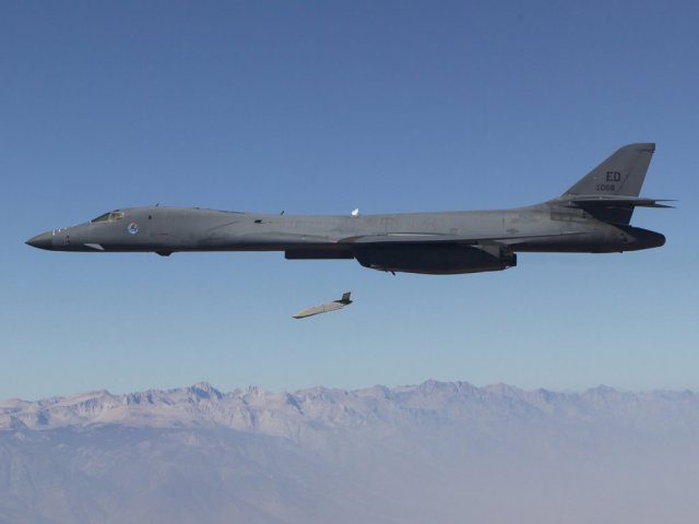 Lockheed Martin receives 305mn contract from USAF for JASSM and JASSM ER missiles 640 001