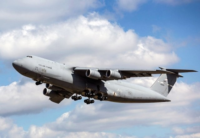 The USAF takes delivery of its 31st C 5M Super Galaxy strategic airlifter 640 001