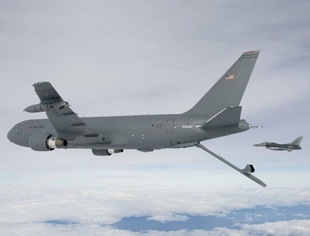 US Air Force s KC 46A Pegasus tanker aircraft successfully deploys drogue and boom systems 640 001