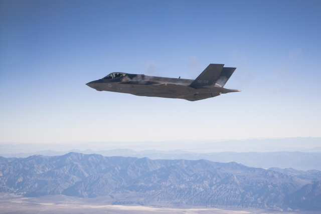 Alaska to host USA s first operational overseas F 35 Lightning II squadrons 640 001