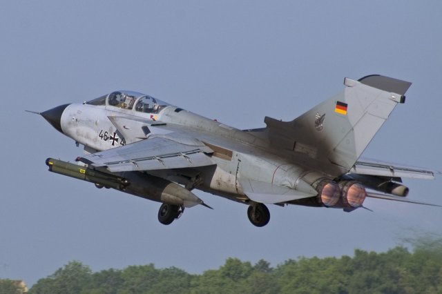 Four more German Tornado fighters reached Turkey for surveillance missions against Daesh 640 001