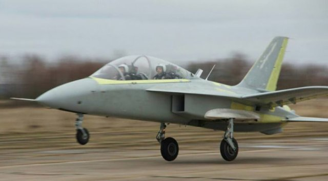 Russia first forward swept wing trainer aircraft SR 10 made its maiden flight 640 001
