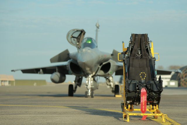 SEMMB reaches milestone with production of 250th MKF16F Rafale ejection seat 640 001