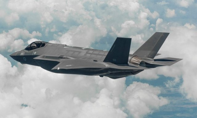Israel first F 35 Adir fighter jet successfully completes maiden flight 640 001