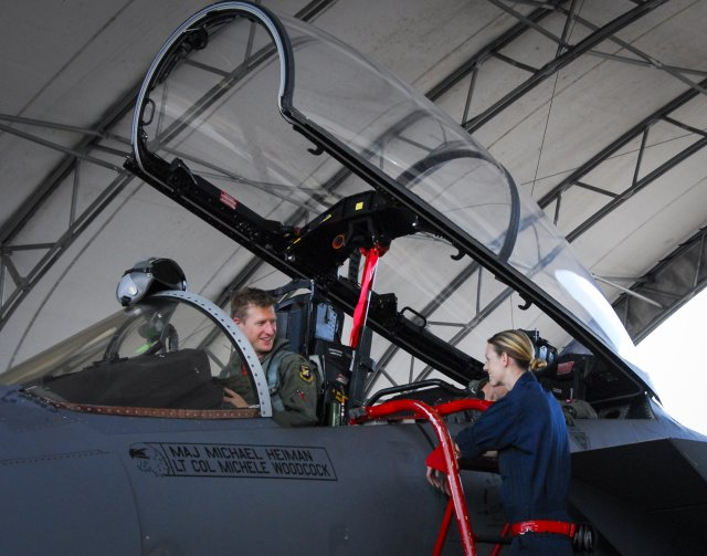 USAF F 15 unit completed flight tests with new ADCP II computer operating system 640 002