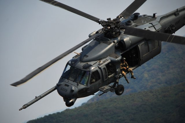 USAF showcased first HH 60G Pave  Hawk Operational Loss Replacement helicopter 640 001