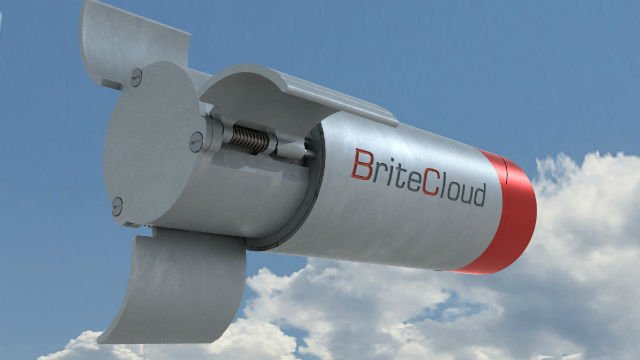 Finmeccanica started production of BriteCloud expendable decoy systems 640 001
