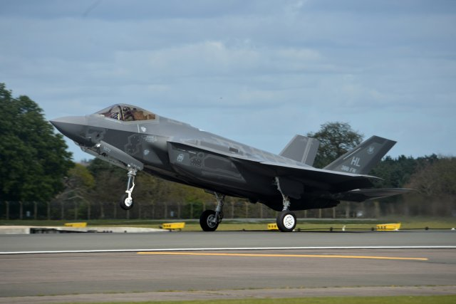 USAF starts first F 35A Lightning II overseas operational deployment 640 001