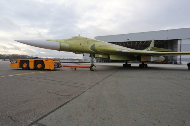 First Tu 160M2 bomber prototype rolled out in Kazan 640 001