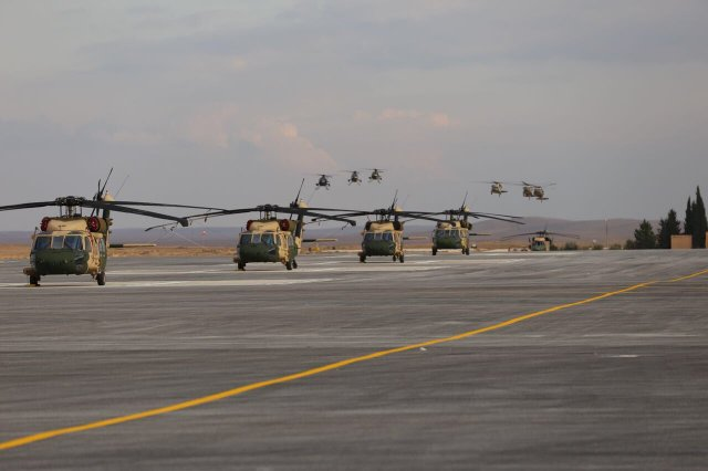 Jordan accepts final batch of UH 60M helicopters 640 001