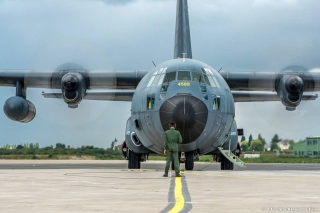 Sabena Technics wins French Air Force s C 130H airlifters support contract 640 001