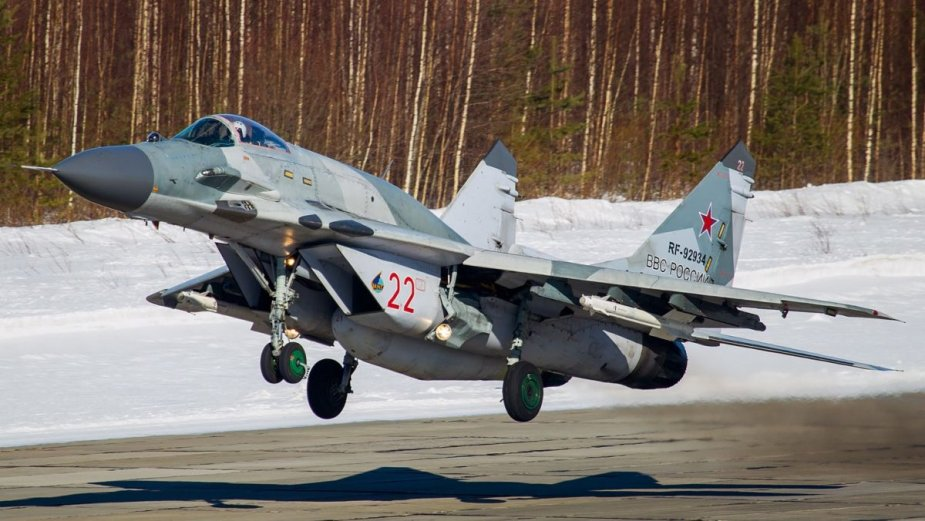 Russian MiG 29SMT train destroying cruise missiles drones
