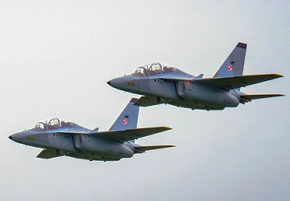 Polish Air Force adds four more M 346 trainer jets 001