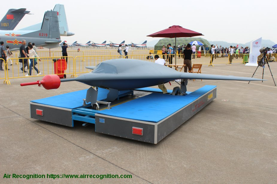 Chinese stealth drone the Sky Hawk has made its first apparition 925 001