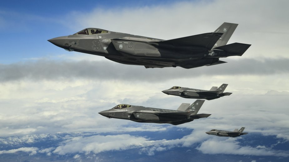 Cubic lands new order for F 35 Air Combat Training Systems 001