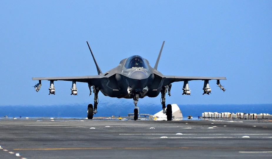 Singapore to buy 4 F 35 fighter jets with option for 8 more