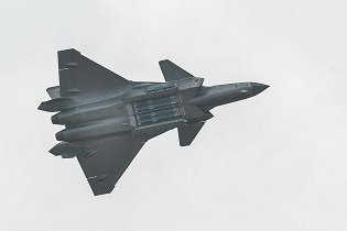 Chengdu J 20 Mighty Dragon Fighter Jet data pictures video 03