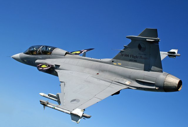 Czech Republic to upgrade its fleet of JAS 39 Gripen fighter aircraft 640 001