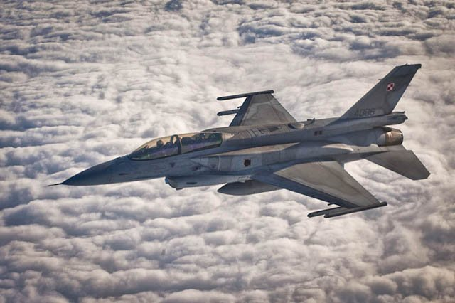Poland ready to send four F 16 fighter jets support military campaign against Daes 640 001
