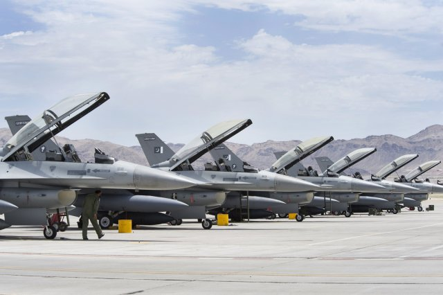 US ok 700mn FMS from Pakistan for 8 fighter aircraft 640 001