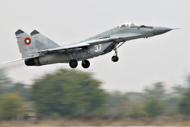 Bulgaria to open a tender for new engines for its MiG 29 fighter jets 640 001