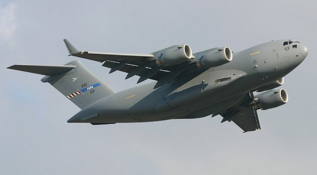 NATO C 17 aircrews about to start training at Boeing s International Training Center 640 001