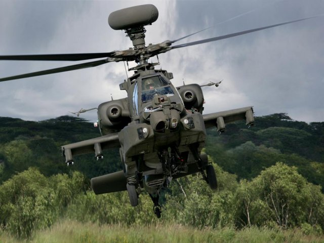 US Army s Apache pilots will see life in colors thanks to Lockeed Martin 640 001