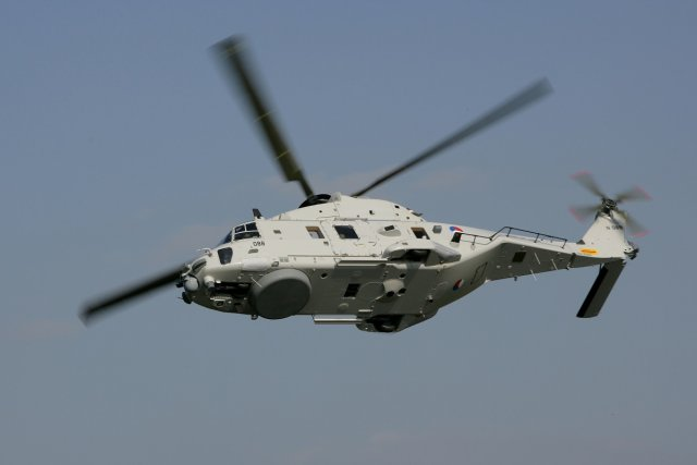 NHI and Dutch Economic Affairs Ministry sign agreement onNH90 rotorcraft workshare 640 001