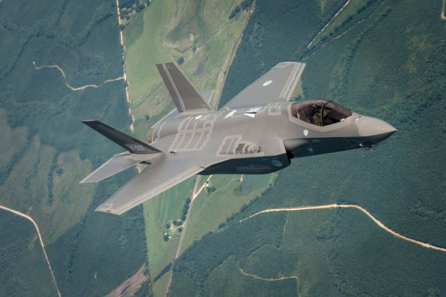 RNLAF pushes for F 35 in Belgium 640 001