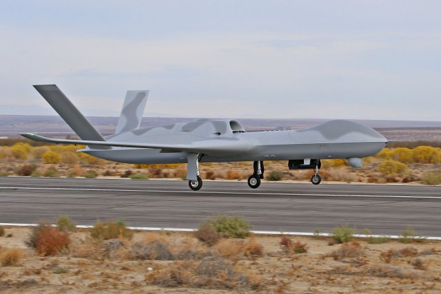 GA ASI successfully flies Avenger ER UAV for the first time 640 001