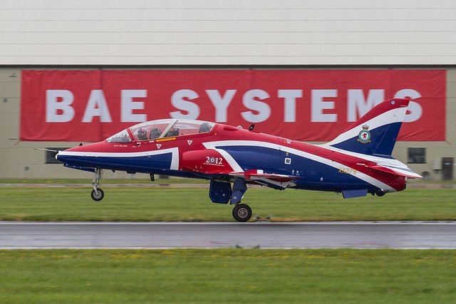 Héroux Devtek secures 11 mn contract for BAE Hawk trainer landing gear shipsets 640 001