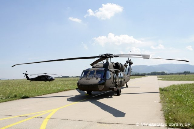 First two UH 60M Black Hawk helicopters delivered toSlovakia 640 001