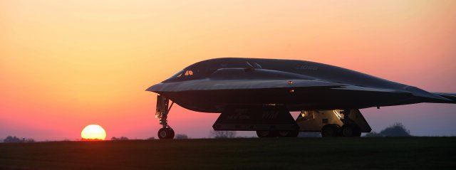 USAF B 2 stealth bombers conduct precision strikes on IS camps in Libya 640 001