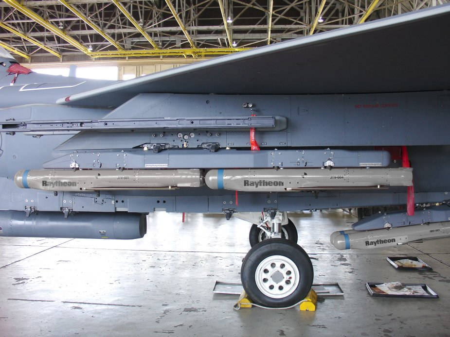 USAF US Navy to receive StormBreaker bomb to hit in all weather conditions
