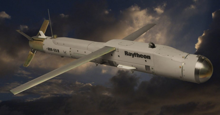 Raytheon contracted for SDB II integration on F A 18E F platform 001