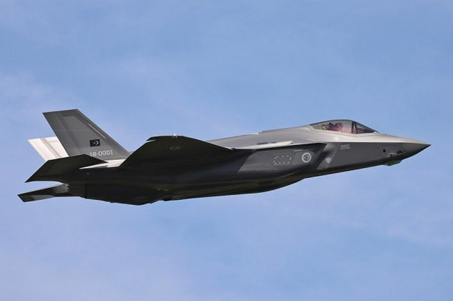 Turkish fighter pilot completes first flight in US with F 35 jet