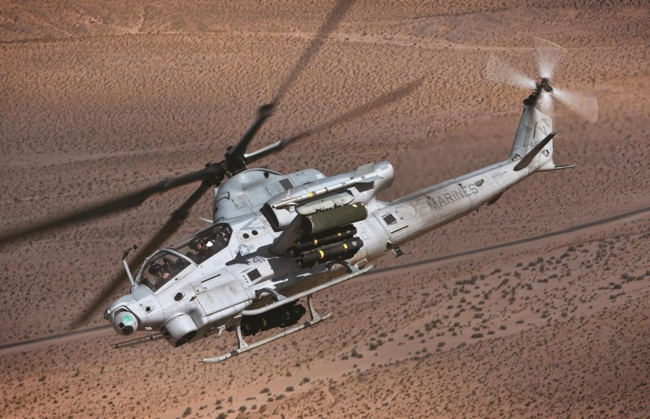 US Marine Corps places 500M order for 29 H 1Z helicopters 001