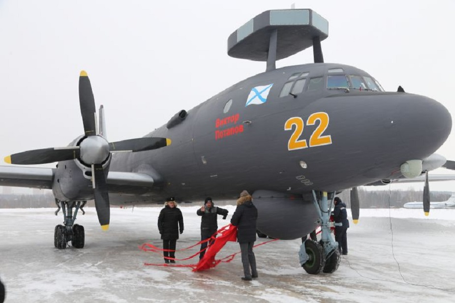 Il 38N antisubmarine aircraft go on Arctic duty