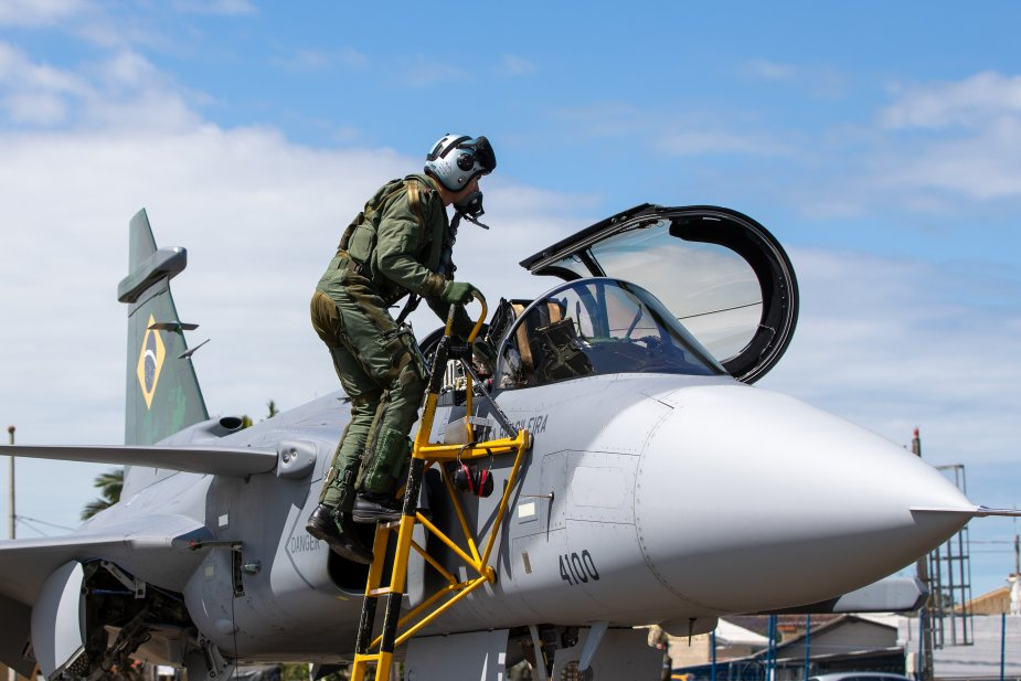 First flight in Brazil for Brazilian Air Force Saab Gripen E 2