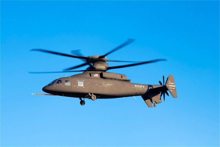 Sikorsky S 97 Raider helicopter performs first flight demos for US Army officials 02