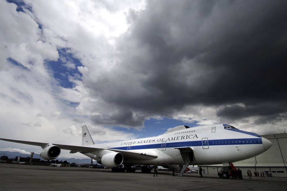 https://airrecognition.com/images/stories/news/2021/march/E-4B_fleet_to_receive_communication_modifications.jpg