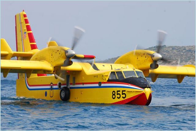 Cl 415 Bombardier 415 Amphibious Aircraft Water Bomber